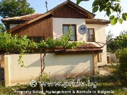 Fully luxury furnished house in Priseltsi, 15 km from the Bulgarian sea capital Varna - ID 3402